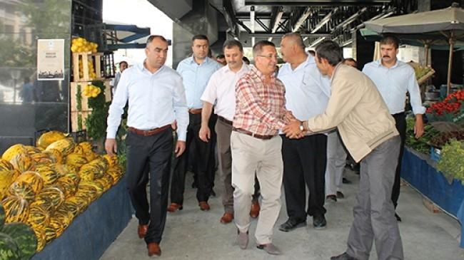 Pursaklar da Pazar ve İş Merkezi Açıldı