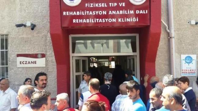 Ankara Üniversitesi Tıp Fakültesi Kana Bulandı